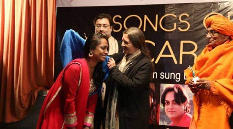 Honoured by CPI leader Vrinda Karat in New Delhi. (Source: www.kalkisubramaniam.com)