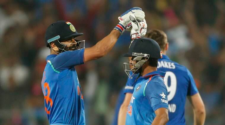 virat kohli sachin tendulkar, tendulkar kohli, kohli century, tendulkar century, kedar jadhav, india vs england, ind vs eng first odi, india vs england first odi score, cricket news, sports news