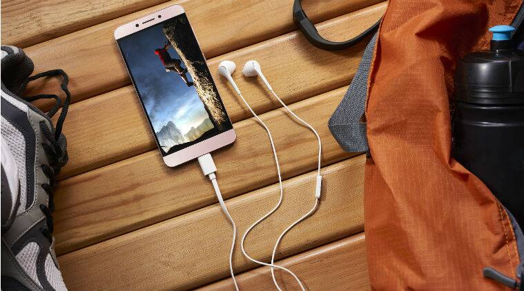 LeEco, LeEco Le 2, LeEco sunday deal, Le 2 offers on Snapdeal, Le 2 sunday offer Snapdeal, LeEco only on a sunday deal, LeEco Le 2 discount, Le 2 offers, Le 2 review, Le 2 price, Le 2 features, Le 2 specifications, smartphones, technology, technology news