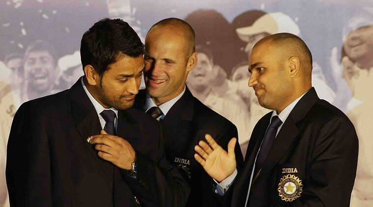 MS Dhoni, mahendra singh dhoni, Dhoni, MS Dhoni India captain, captain MS Dhoni, Dhoni records, Dhoni career, Gary Kirsten, Kirsten, Cricket news, Cricket