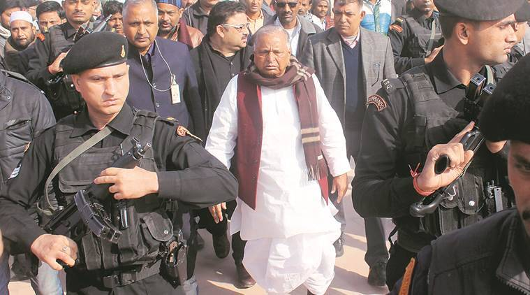 Mulayam Singh Yadav, akhilesh yadav, muslims, UP elections, UP polls, Akhilesh Yadav, Mulayam Singh Yadav, Uttar Pradesh assembly polls, Ramgopal Yadav, SP feud, SP rift, SP internal fight, India news, Indian Express