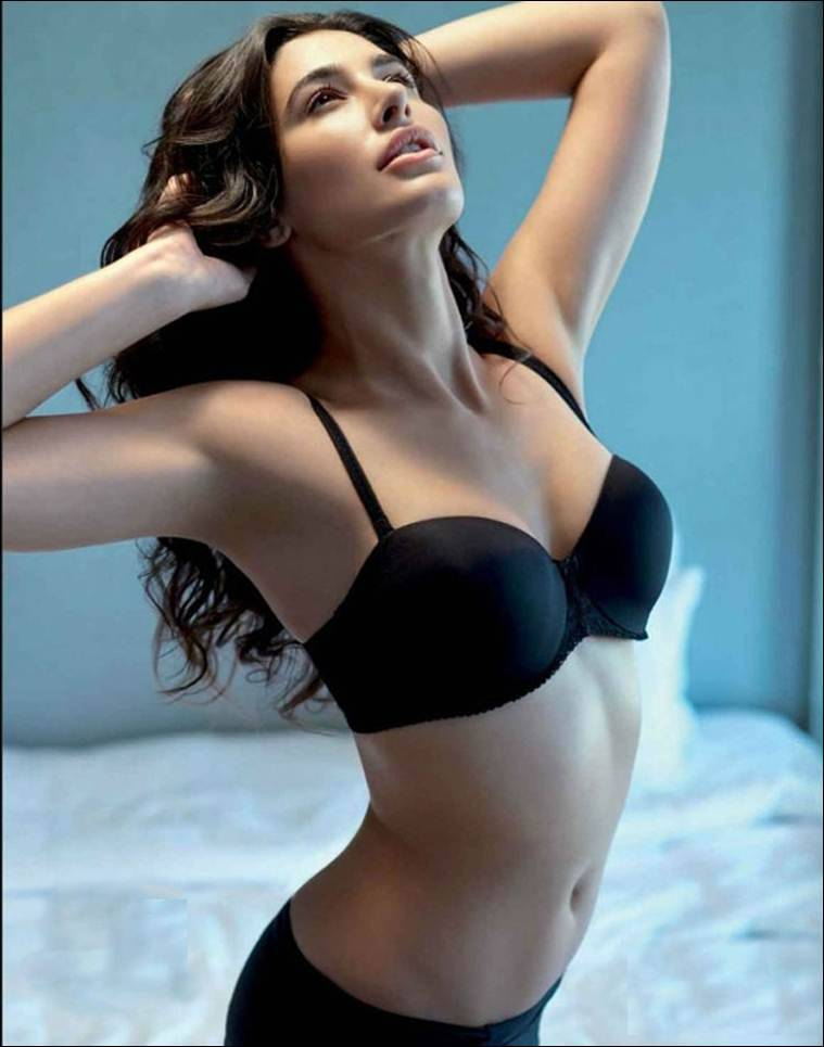 time-gujrat-hot-models-breed