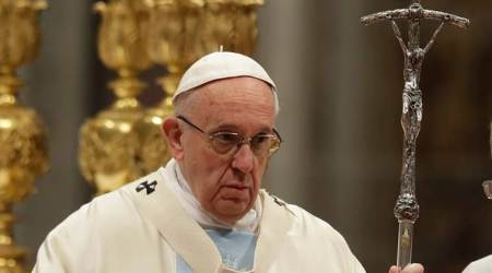 Pope urges end to Venezuela violence, prays for victims