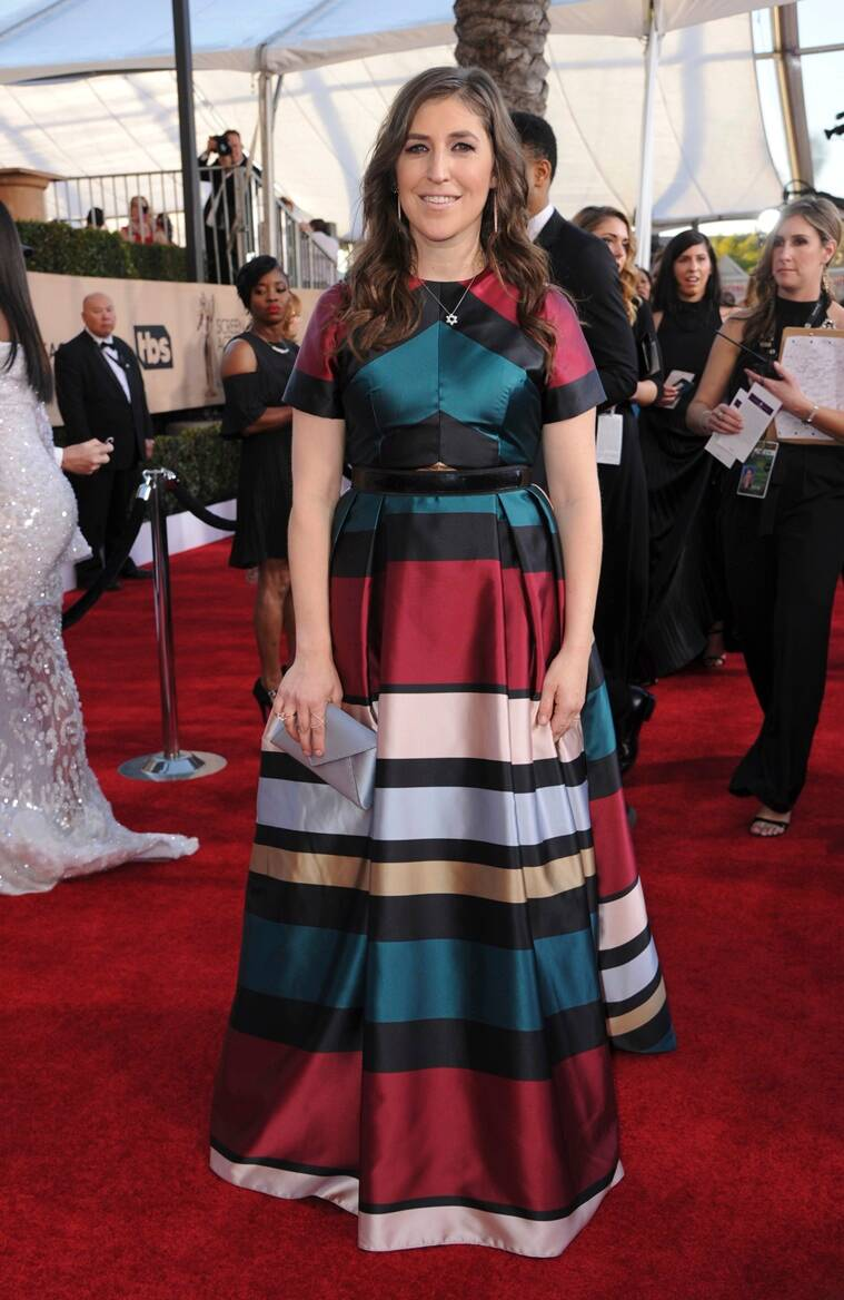 Mayim Bialik arrives at the 23rd annual Screen Actors Guild Awards at the Shrine Auditorium & Expo Hall on Sunday, Jan. 29, 2017, in Los Angeles. (Photo by Richard Shotwell/Invision/AP)