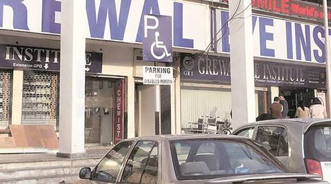 Chandigarh: When parking signboards proveproblematic