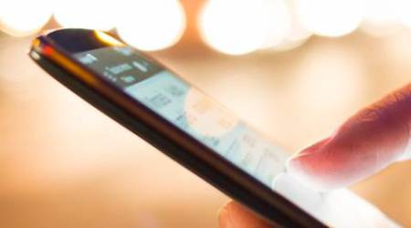 panic button, panic button in mobile, emergency button, mobile phones without panic button, mobile phones import, DoT, Department of Telecom, GPS, smartphones, technology, technology news