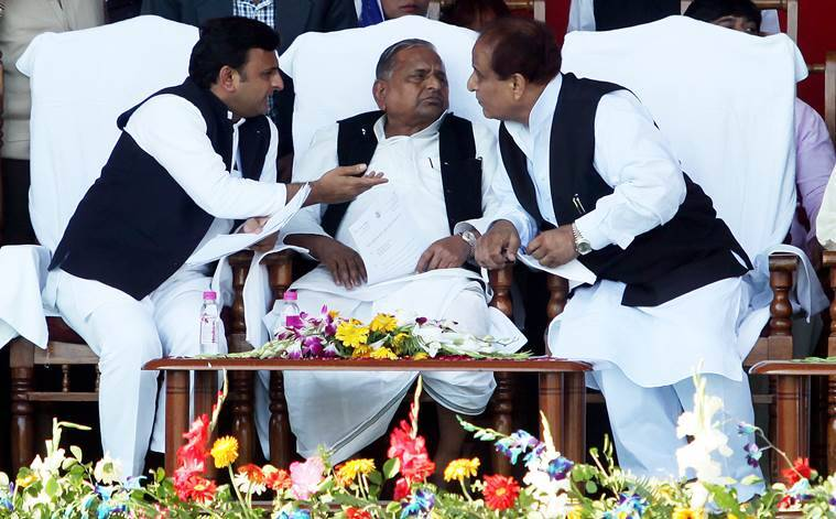 Samajwadi Party, Akhilesh Yadav, Mulayam Singh yadav, Mulayam singh, SP, samajwadi Party feud, Sp feud, Shivpal yadav, netaji, Uttar Pradesh, UP, Up elections, Uttar Pradesh assembly elections 2017, rajpal Yadav, BJP, congress, UP chief Minister, UP CM akhilesh Yadav, india news, indian express news