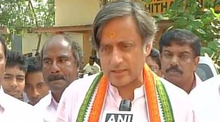 shashi tharoor, shashi tharoor arrested, congress protests demonetisation, demonetisation protests, demonetisation congress, kerala, kerala protests, india news