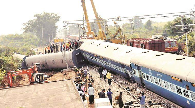 train derailed, train accident, Jagdalpur-Bhubaneswar Express derailment, death toll, Hirakhand Express derailed, Hirakhand Express, train accident, railway, suresh prabhu, odisha, odisha train accident, andhra pradesh, death toll, indian express news