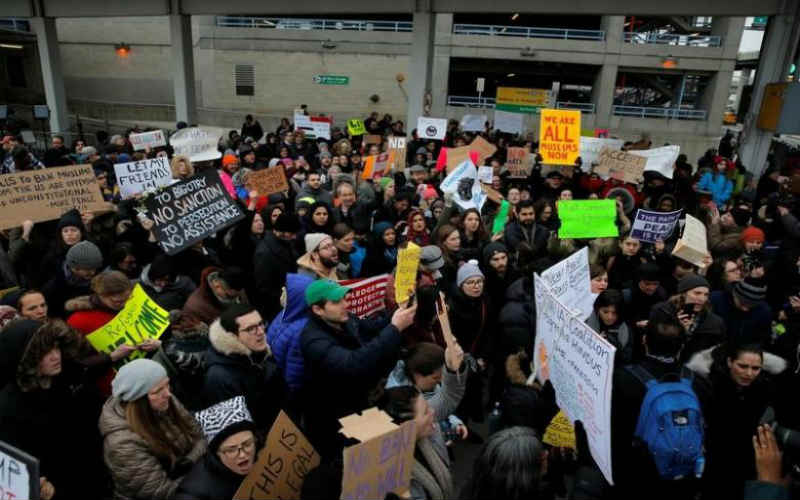 AG Bob Ferguson files lawsuit seeking to invalidate Trump's immigration order