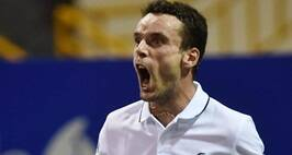 Chennai:  Roberto Bautista Agut of Spain reacting after win a set against Mikhail Youzhny of Russia during their quarter-final match at ATP Chennai Open 2017 in Chennai on Friday. PTI Photo by R Senthil Kumar(PTI1_6_2017_000259B)