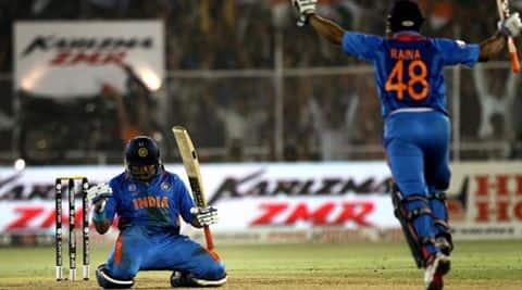 Suresh Raina hits back Yuvraj, Yuvraj vs Rainai, Dhonis';s favourite player Raina, Suresh Raina in 2011 World Cup