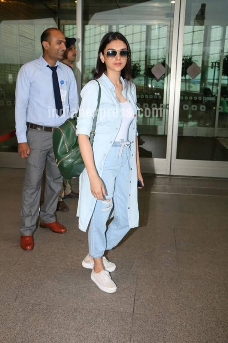 Aditi Rao Hydari doing a denim-on-denim look. (Source: Varinder Chawla)