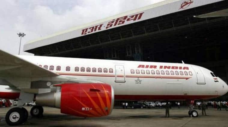 Air india, delhi korchi air india flight, delhi kochi air india, air india engineers suspended, air india engineers forget to remove pins, air india news, indian express, india news