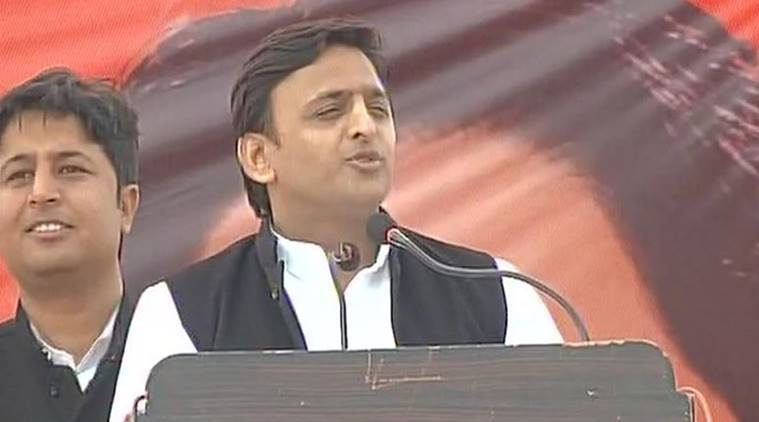 UP polls: Mulayam to first address brother's rally, son's later