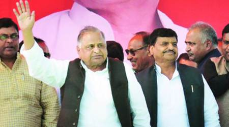 Snub to Shivpal Yadav? Mulayam asks workers to strengthen Samajwadi Party