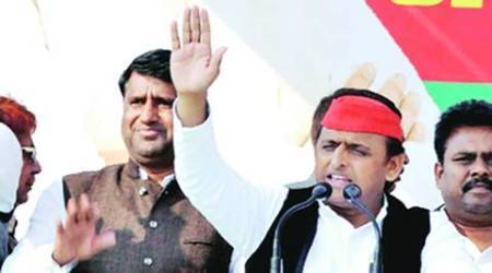 UP elections 2017: CM Akhilesh Yadav team gives Mulayam Singh Yadav's rally a miss