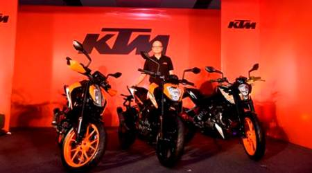 KTM bikes, KTM 390, KTM 200, KTM 250, KTM launches 3 bikes, KTM Duke comparison, bikes, bike comparison, auto mobile