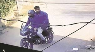 Ahmedabad: During test ride, man flees withbike