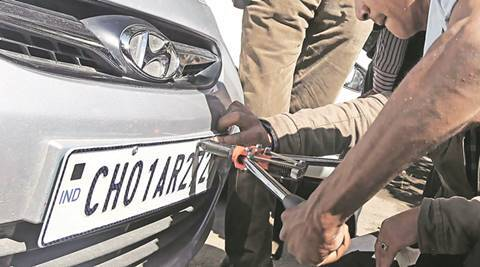 Chandigarh: Trouble for vehicle owners who have simple number plates and HSRPs