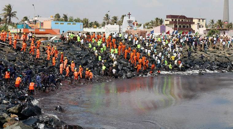 chennai oil spill, oil spill, chennai, chennai oil spill port, chennai ship collide, chennai ship collision, Kamarajar port, Ennore oil spill, indian express news, india news