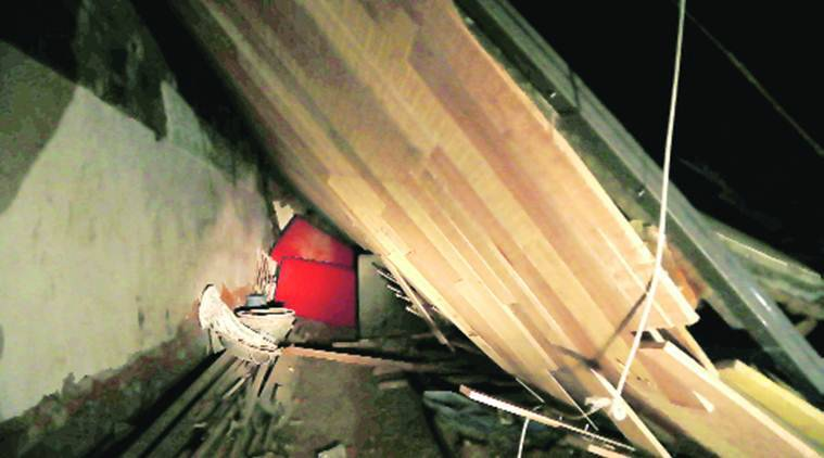 CP, CP Roof collapse, Connaught Place, Connaught Place Roof collapse, Connaught Place Roof collapses, delhi news