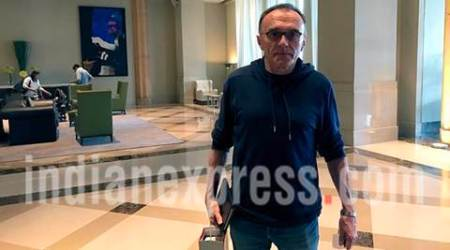 Oscar Award-winning director Danny Boyle spotted in Mumbai, see pics