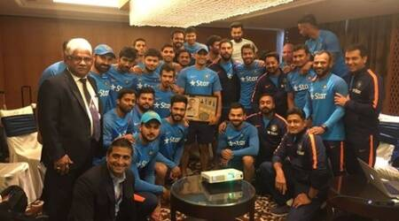 mahendra singh dhoni, ms dhoni, dhoni, ms dhoni wooden plaque, ms dhoni thank you, ms dhoni videos, india cricket team, india vs england, ind vs eng, ms dhoni virat kohli, dhoni kohli, cricket news, sports news