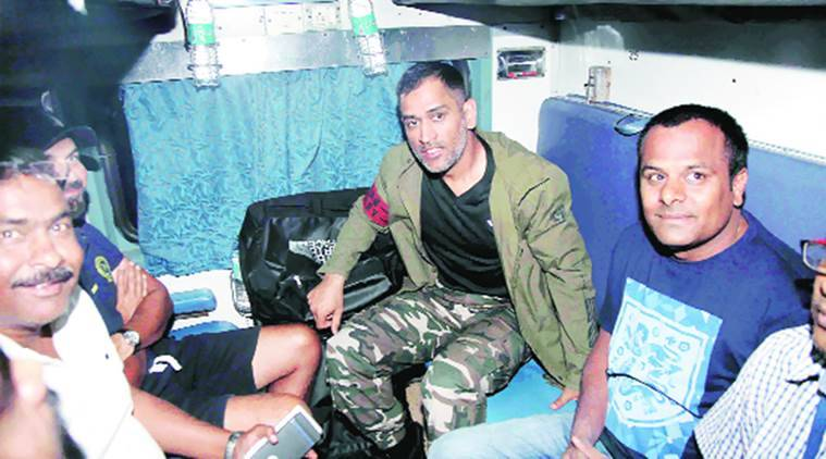 MS Dhoni takes a train journey, his 1st in 13 years
