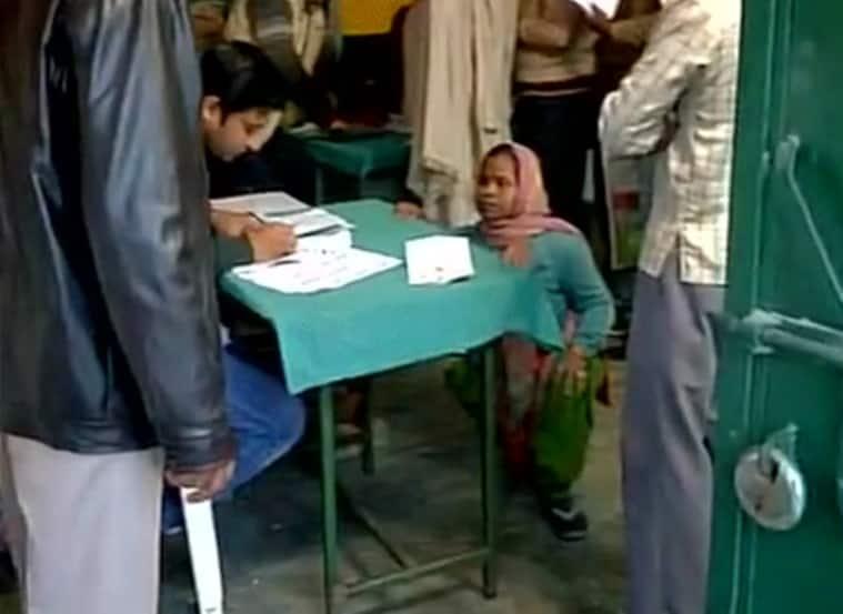 Uttar Pradesh Elections 2017, Uttar Pradesh Assembly Elections 2017, UP Assembly Elections 2017, up polls, up elections, rahul gandhi, akhilesh yadav, Uttar pradesh, SP-Congress, BJP, BSP, second phase, up elections second phase, India news, Indian Express