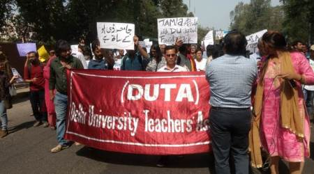 Delhi University: Outgoing students worry as teachers boycott evaluation