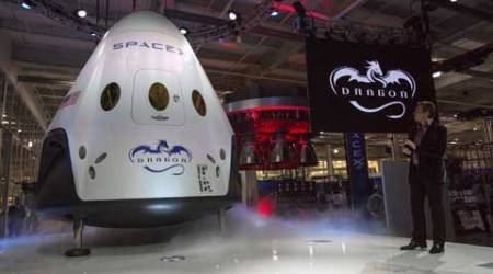 Elon Musk, Elon Musk SpaceX, SpaceX Moon, SpaceX tourists, SpaceX moon tourists, Elon Musk Space Tourism, Space tourism, SpaceX new mission, science, science news, space news