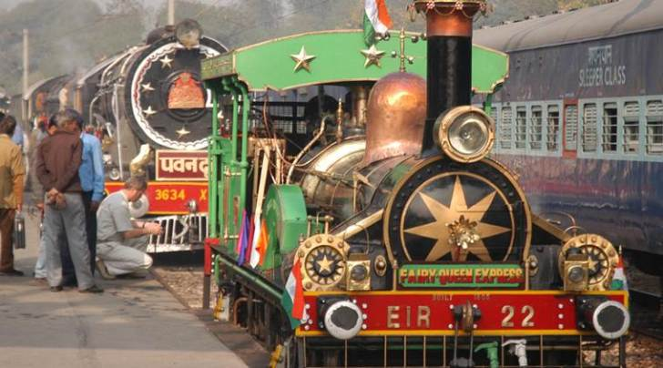 steam locomotive, oldest steam locomotive, oldest steam locomotive delhi, delhi cantonment, delhi cantonment steam locomotive, delhi cantonment rewari, oldest steam locomotive restored