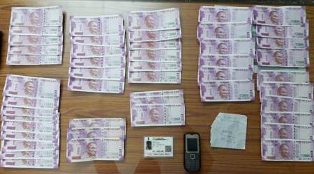 fake notes, fake currency seized, indo bangla border, fake currency west bengal, fake indian currency notes, FICN, malda, bsf, border security force, india news