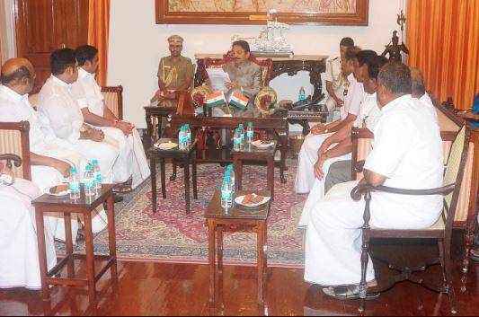 AIADMK Legislature party leader Edappadi K.Palanisamy met Tamil Nadu Governor C Vidyasagar Rao at Raj Bhavan today.