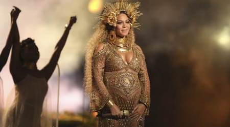 Grammy Awards 2017: Pregnant and proud, Beyonce storms the Grammys stage. See pics,videos