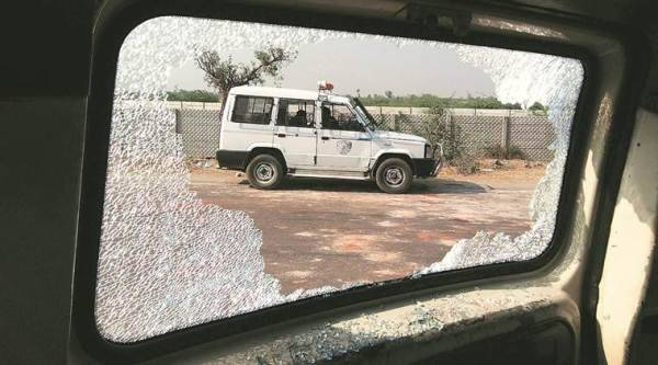 More than1,000 farmers and local police clashed in Vichiya village in Sanand after police tried to stop them from taking out a rally on Tuesday. The farmers were demanding supply of irrigation water. Over 50 people were detained. Javed Raja