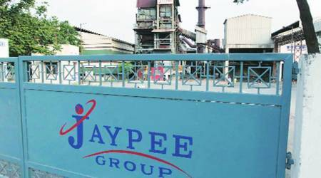 Top management of Jaypee group, 300 guards booked for'dacoity'