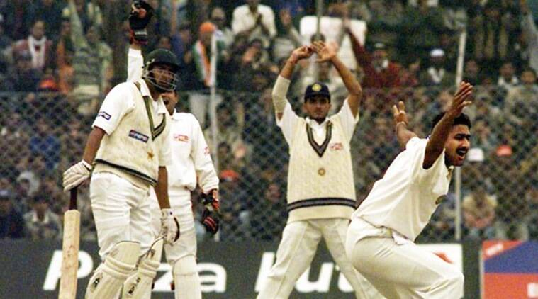 Image result for anil kumble 10 wickets in test vs pakistan'