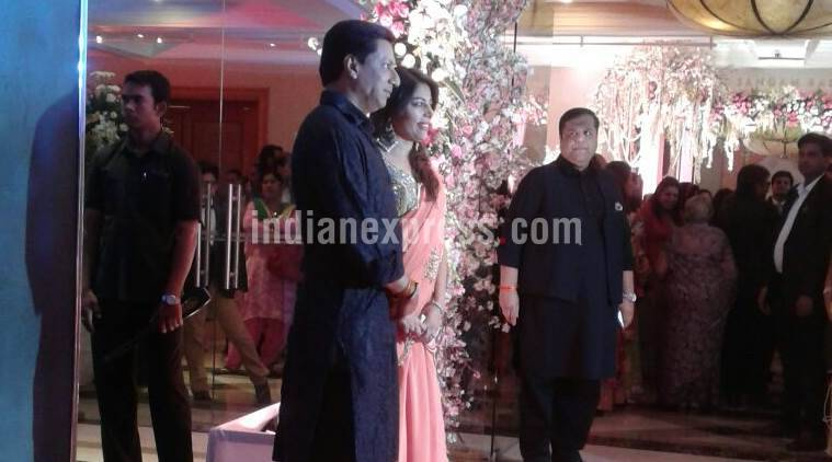 madhur-bhandar-kar-with-wife