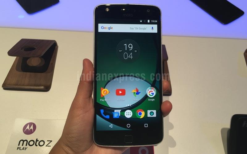 Motorola, Moto Z, Moto Z Android Nougat update, unlocked Moto Z Nougat update, Android 7.0 Nougat, Moto Z update US, Daydream vr, Google Daydream, virtual reality, Moto mods, smartphones, technology, technology news