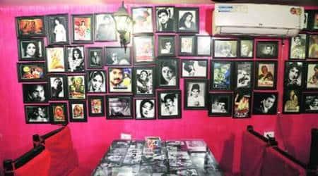 Mumbai Matinee – The Bollywood Cafe, Bombay cafe, Mumbai Matinee, Mumbai Matinee features, Mumbai Matinee's Shahpur Jat branch