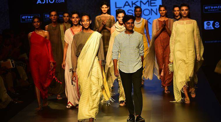 Lakme fashion week, LFW 2017, LFW 2017, bollywood stars LFW 2017, LFW day 2, ,LFW 2 day, LFW 2017, fashion news, LFW 2017 photos