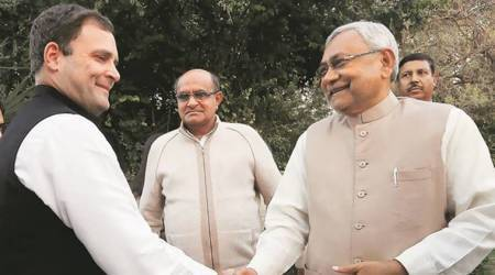 Nitish Kumar meets Rahul Gandhi, attends PM Modi's dinner