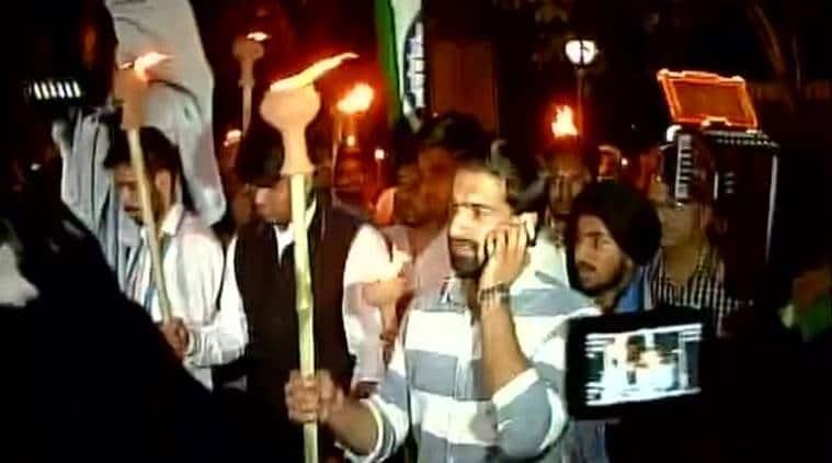 DU, DU protest march, protest march delhi, delhi university, delhi university march, march against ABVP, Ramjas row, Ramjas violence, Gurmehar Kaur, india news