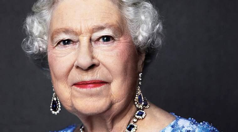 Queen Elizabeth, uk queen, british queen, queen of england, queen sapphire jubilee, britain queen, elizabeth sapphire jubilee, world news