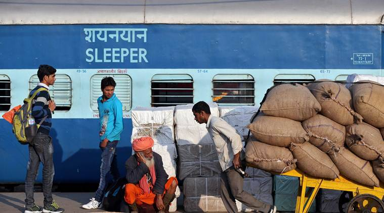 train, holi, holi special train, special train holi, holi rush, holi travellers, indian express news, india news
