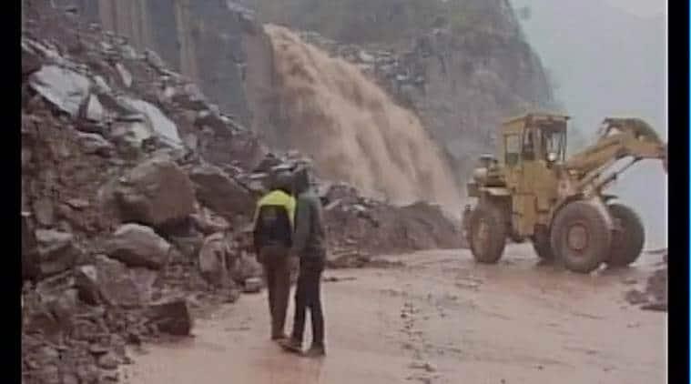 J&K, J&K avalanche, J&K rains, J&K landslide, jammu and kashmir, jammu and kashmir rain-related incident, india news