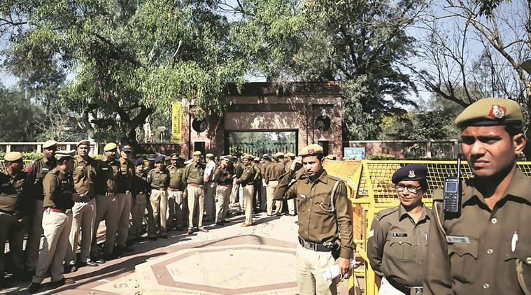 Ramjas college protests, Ramjas college violence, delhi university violence, ABVP, anti-national, ramjas violence, ramjas college, abvp, abvp anti national slogans, delhi police, indian express, india news, latest news