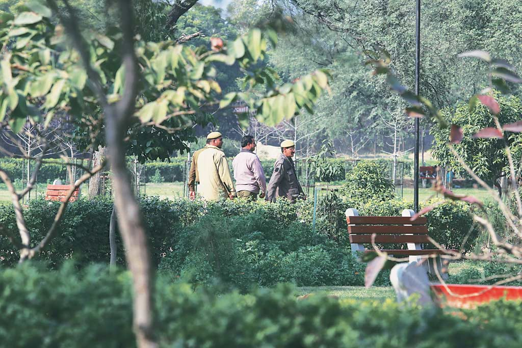 Delhi Crime Common Working At Park An Ordeal Says Guards At